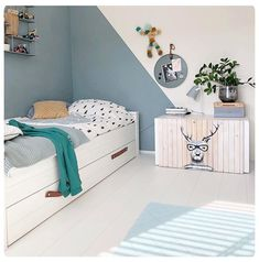 Box Bedroom, Boys Bedroom Decor, Bedroom Green, Boys Bedroom Paint, Boy Toddler Bedroom, Boy Room, Boys Room Design, Kids Room Paint, Koti