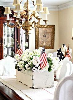 BRABBU's Quick Guide On Fourth Of July Decorations For A Chic Holiday 4th of July Home Decor Patriotic DIY Projects Independence Day July 4th home decor Fourth of july ideas Fourth of july fireworks American Pride Patriotic Decorations 4th of July Party Ideas Interior design Interior design ideas Color trends 4th of july inspiration Home decor