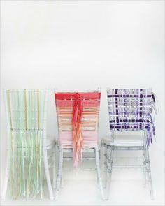 Decoración diferente para las sillas de tu boda o fiesta.