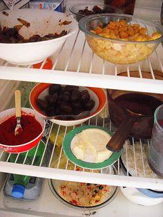 Momento Receita    Pasta de Pimentão Picante    Ingredientes  2 pimentões vermelhos bem maduros  1 tomate maduro  1 cebola  1 colher de azeite  1 dente de alho  2 pimentinhas vermelhas  Sal, tempero pronto e páprika a gosto    Leve todos os ingredientes ao fogo,  Great Everyday Recipes.Click on this http://search-for.net/recipes link to see what I found.