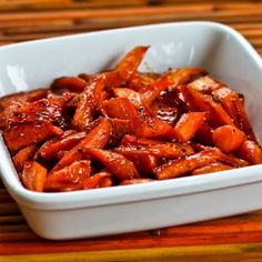Recipe for Maple-Glazed Roasted Carrots; ff your family doesn't go for sweet potatoes or winter squash, these would be awesome for Thanksgiving. [from Kalyn's Kitchen] #HealthyThanksgiving