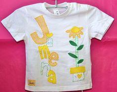 Camiseta flores con nombre