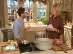 Resident chef Thomas Joseph shows Martha how to prepare a classic Vietnamese noodle soup called pho. Vietnamese Pho, Vietnamese Cuisine, Pho Recipe, Martha Stewart Recipes, Noodle Soup, Step By Step Instructions, Food To Make, Asian, Watch