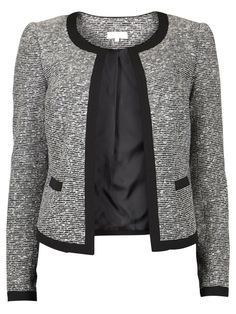 There is 0 tip to buy jacket, blazer, knitwear. Help by posting a tip if you know where to get one of these clothes. Blazer Outfits, Blazer Fashion, Hijab Fashion, Fashion Outfits, Blazers For Women, Suits For Women, Jackets For Women, Clothes For Women, Chanel Style Jacket