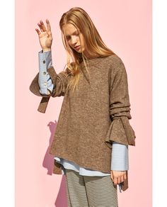 SWEATER WITH TIE DETAIL ON SLEEVE - Available in more colours
