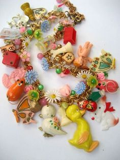 The Toy Parade - A Vintage Toy and Flower Necklace from Kitsch Jewelry Crafts, Jewelry Art, Vintage Jewelry, Jewelry Accessories, Handmade Jewelry, Jewelry Necklaces, Vintage Necklaces, Geek Jewelry, Jewelry Armoire