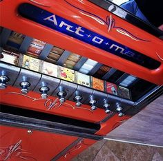 artomats reconditioned cigarette machine with art pieces. 8 machines in the Cosmopolitan Hotel. Art O Mat, Old Candy, Messy Nessy Chic, Las Vegas Trip, Old Signs, Handmade Art, Vintage Antiques, Art Pieces, Graphic Design
