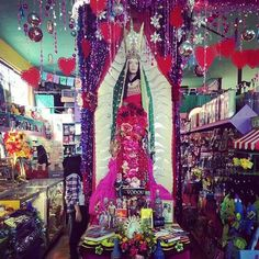 10 Highly Unusual L. Shops Every Angeleno Should Visit At Least Once Stuff To Do, Things To Do, Los Angeles Shopping, Planet Hollywood, Valley Girls, Bright Homes, Usa Travel, Travel Advice, Far Away