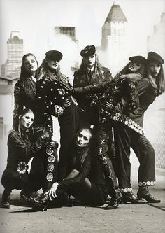 Dolce & Gabbana F/W 1992/'93 - Photographer : Steven Meisel - Models : Jane Powers, Meghan Douglas, Nadja Auermann, Susan Holmes, Tyra Banks, Kate Moss & Angelika Kallio