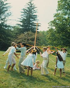 Tomorrow is May Day, my friends! Here are her instructions for making a maypole and she's even got dance instructions. Happy May Day! Beltane, May Day Traditions, May Day Baskets, Happy May, May Days, May 1, Spring Time, Spring Ahead, Martha Stewart