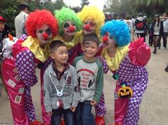 @usj_official Tommy and Mikey with not so scary clowns #japan #halloween