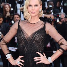 Charlize Theron Elsa Hosk Emily Ratajkowski and Jessica Chastain are only some of the celebrities who wore the prettiest jewellery at the @festivaldecannes. Swipe left to see their looks and hit the link in bio for more. #festivaldecannes #cannes2017 #redcarpet #charlizetheron #jessicachastain #emilyratajkowski #elsahosk #maiwenn #jewellery #chanel #piaget #bulgari #chopard #degrisogono  via ELLE MALAYSIA MAGAZINE OFFICIAL INSTAGRAM - Fashion Campaigns  Haute Couture  Advertising  Editorial…