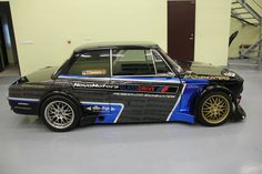 If anyone is looking for a last minute Christmas gift, might I suggest Smokehunters' 2JZ-GTE powered BMW 2002 drift car. Sure it has some damage to the driver's side rear bumper but where are you g...