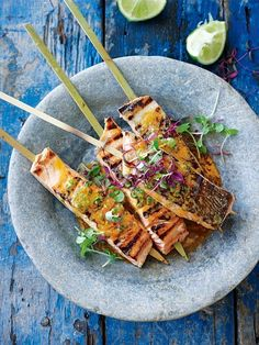 Take your perfectly barbecued salmon skewers to new heights with a generous drizzle of chilli lime butter. Easy Salmon Recipes, Fish Recipes, Seafood Recipes, Vegetarian Recipes, Lime Recipes Savoury, Skewer Recipes, Beach Club, Salmon Skewers, Donna Hay Recipes