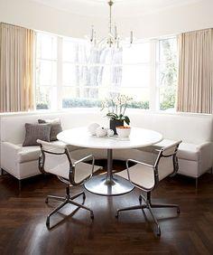 Petit recoin moderne et frais / banquette / cuisine / salle à manger |Pinned from PinTo for iPad|