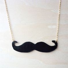 DIY Mustache Necklace. A step-by-step tutorial. #craftgawker