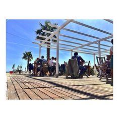 Oggi si pranzava così... in riva al mare!  #bagnivirginia #loano #visitriviera #liguritudine #liguria #igerssavona #ig_liguria_ #loves_liguria #igfriends_liguria #unavitavistamare #kings_meteo #loves_shores #great_captures_sun #best_skyview #liguria_super_pics #vivoliguria #volgosavona #photo_beaches #vivobestsky #vivo_italia #volgoitalia #volgoliguria #top_italia_photo #ig_Savona_ #bestliguriapics #italiainunoscatto by bagnivirginia