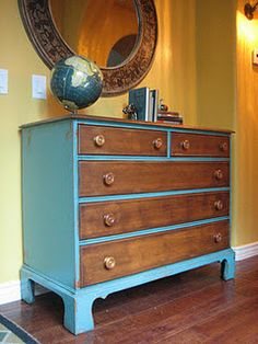 Would this look work in silver? I want to paint my vanity, but I don't want to cover all the inlay or remove the bakelite pulls.