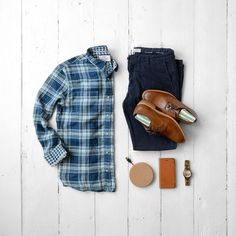 Shirt:Flag & Anthem //Chinos:Flag & Anthem //Shoes:Johnston & Murphy //Watch:Jord //Socks:Ties.com //Wireless Charging Pad:Grovemade //iPhone Case:Grovemade Mens Fashion 2018, Mens Fashion Blog, Men's Fashion, Smart Casual Menswear, Men Casual, Checked Shirt Outfit, Trends, Men Style Tips, Casual Elegance