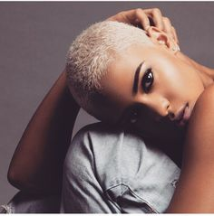 10 Ways to Rock Blond Hair Blonde Twa, Short Blonde, Blonde Hair, Blonde Pixie, Short Hair Cuts, Short Hair Styles, Hair Afro, Bald Women, Shaved Head