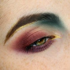 Gold liner, burgundies and teal