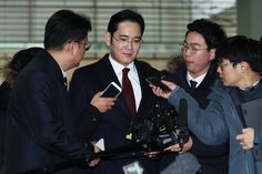 It has been confirmed now, Samsung Group's vice chairman, Jay Y. Lee, is being charged with bribery. South Korea's special prosecutor's office just Alcohol Detox, Blue Streaks, Tech News, Techno, Samsung, Google News, Supreme, Wednesday, Android