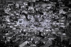 High above the city - Streets and buildings of the oldtown of Dubrovnik Strassen und Häuser der Altstadt von Dubrovnik