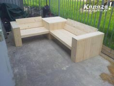 Pallet Patio Furniture Secrets And Advice To Get The Most For Your Money It is important that you know how to look for the right discounts and deals when searching for the furniture you need. Pallet Patio Furniture, Outside Furniture, Garden Furniture, Outdoor Furniture Sets, Wooden Projects, Diy Furniture Projects, Outdoor Projects, Garden Sofa, Garden Seating