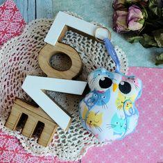 Mała puchata sówka w kociaki - 10 cm - zawieszka Malaga, Straw Bag, Crochet Earrings, Jewelry, Bags, Jewellery Making, Handbags, Jewerly, Jewelery