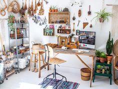 Pad Peek: Betina's Frida Boho Home | The JungalowThe Jungalow