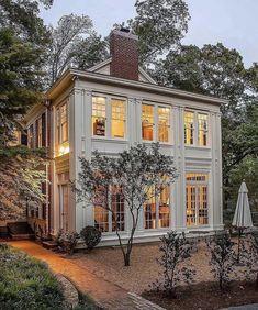 Modern Farmhouse, Farmhouse Style, Farmhouse Decor, Farmhouse Homes, Mountain House Plans, House With Porch, Cozy House, Dream Home Design, Modern Exterior