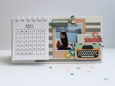 Caroli Schulz Scrapbooking: Calendario - Taller Revesderecho 11/04