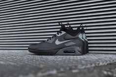 0406bf23a62d99 NIKE AIR MAX 90 ULTRA MID WINTER - LE BLACK   ANTHRACITE 924458-002 DS
