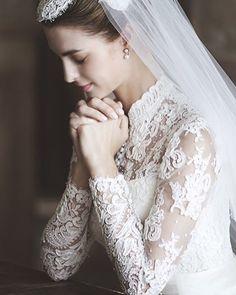 Stunning Dream Wedding Dresses, Bridal Dresses, Conservative Wedding Dress, Grace Kelly Wedding, Bride Gowns, Bridal Beauty, Wedding Looks, Bridal Boutique, Bridal Style