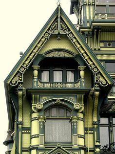 beautiful gingerbread...Carson Mansion, Eureka