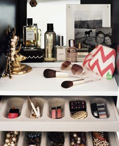 Neat idea. I need a way to get rid of clutter  when it comes to make up and accessories.