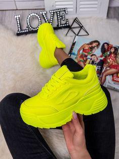 Dámske mohutné tenisky žltý neón LA78PZL Air Max Sneakers, Sneakers Nike, Nike Air Max, Sport, Fashion, Nike Tennis Shoes, Deporte, Fashion Styles, Sports