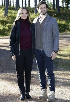 Prince Carl Philip and Princess Sofia attended the opening of Hykjeberget Nature Reserve in Dalarna. Hykjeberget is a hill and famous with its 100 metres cliff, trekking paths and magnificent flora.