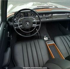Mercedes-Benz - Vintage and Retro Cars Mercedes Auto, Mercedes Benz Autos, Old Mercedes, Classic Mercedes, Lux Cars, Retro Cars, Vintage Cars, Mercedes Interior, Mercedez Benz