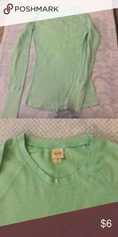 Green thermal layer Green thermal layer size M. Material cotton, polyester and spandex. Warm, perfect for layering. By Mossimo for target. Excellent condition Tops