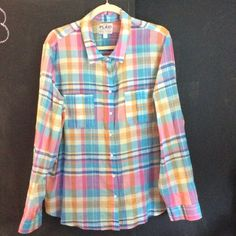 Old Navy madras plaid button down shirt Old Navy madras plaid button down shirt. NWT. pair with shorts, a skirt or jeans this is one of those great shirts that goes with everything.  ⭐️⭐️make me an offer ⭐️⭐️.  No trades. MS 20 Old Navy Tops Button Down Shirts