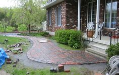 Stepping Stones Walkways Idea | Stone Walkway Pictures - Natural, Square Cut and Brick Walkways