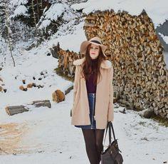 Der Winter ist da, beste Gelegenheit meine neue Tasche von Leabags stilgerecht auszuführen. Direkt aus dem verschneiten Märchenwald zeige ich euch heute mein Outfit.  http://www.beautynature.ch/winterlook-leabags/  -------------------------------------------------------------------------------------------------------------   Winter is here, best opportunity to carry out my new leather bag by Leabags. Directly from the snowy fairy forest I'll show you my outfit today…