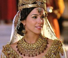 """Tiffany Dupont as Queen Esther in """"One Night with the King"""" (2006)"""