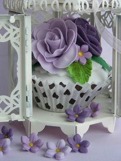 Cupcake in a bird cage