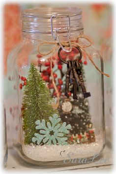 Sweet Little Gals: DIY {Snow Globe} Centerpiece