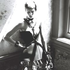 Corset, brace, fashion, editorial, Theirry mugler
