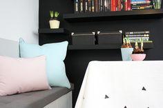 Poduszki We love beds w kolorach Pantone.
