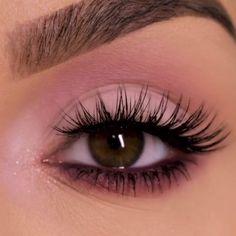 Eye Makeup Tips – How To Apply Eyeliner Makeup Eye Looks, Cute Makeup, Skin Makeup, Beauty Makeup, Hair Beauty, Gorgeous Makeup, Awesome Makeup, Small Eyes Makeup, Makeup Brushes