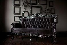 CASA MIDDAS: gothic velvet settee